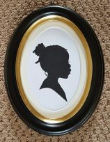 Silhouette Oval Frame